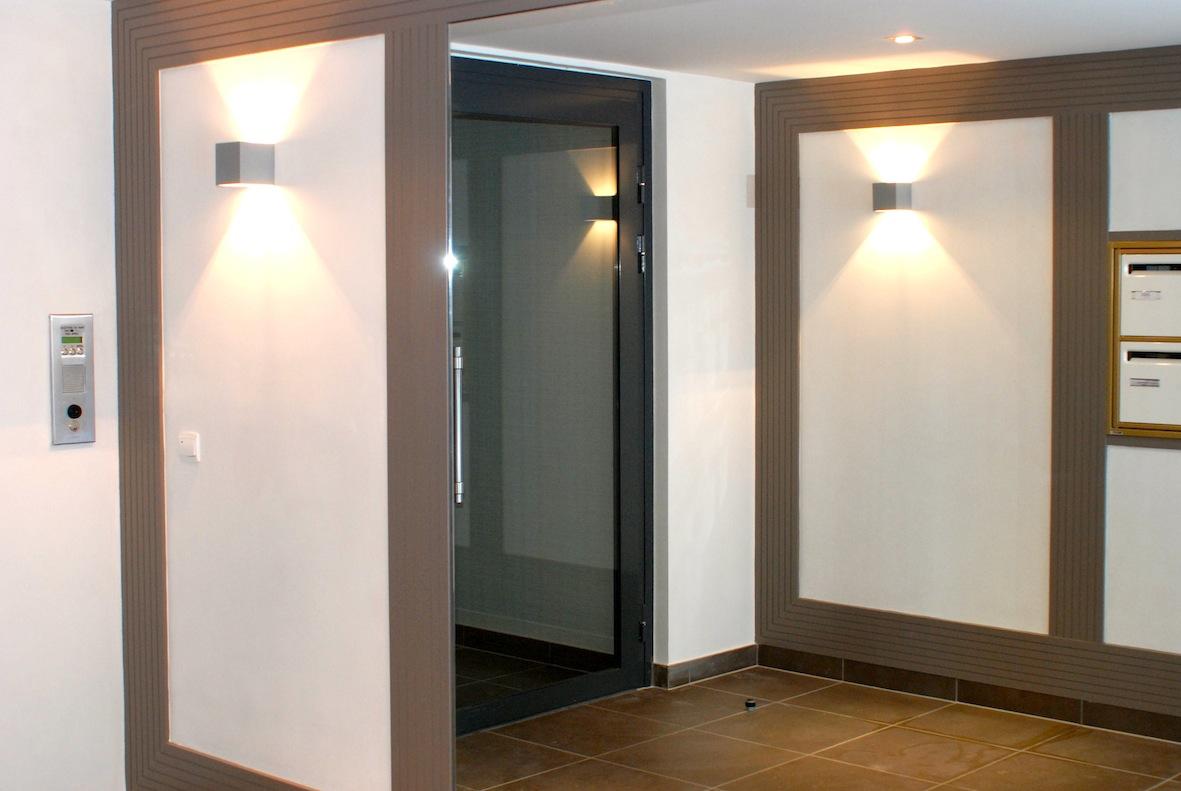 Hall immeuble Mantes C.Delecroix